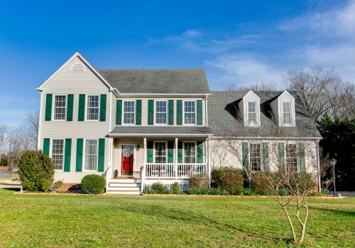 6631 White Oak Court - Featured Image